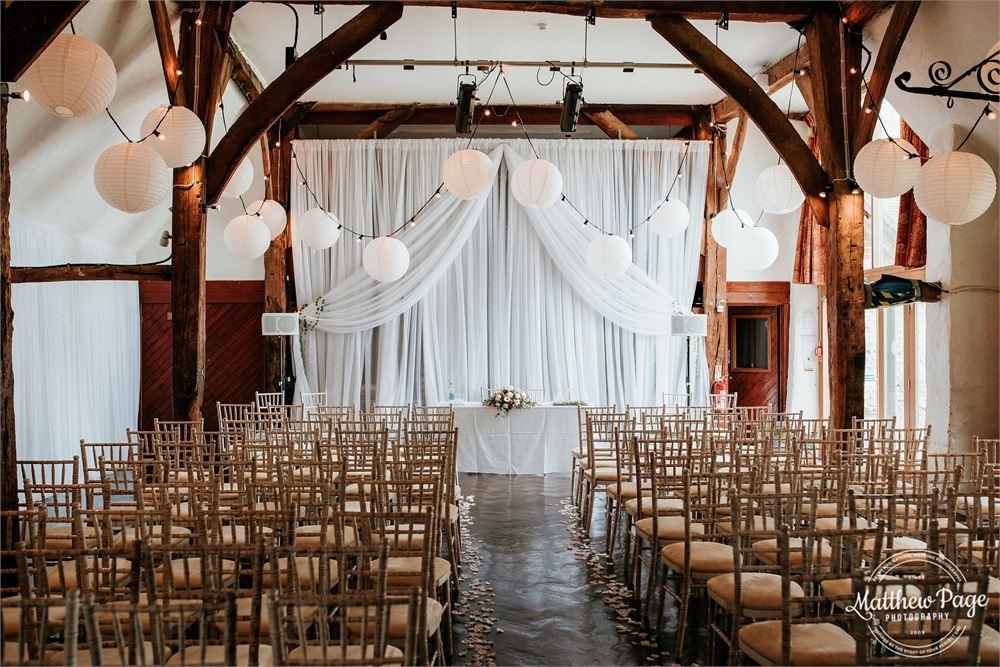 Sussex barn wedding Northease Manor