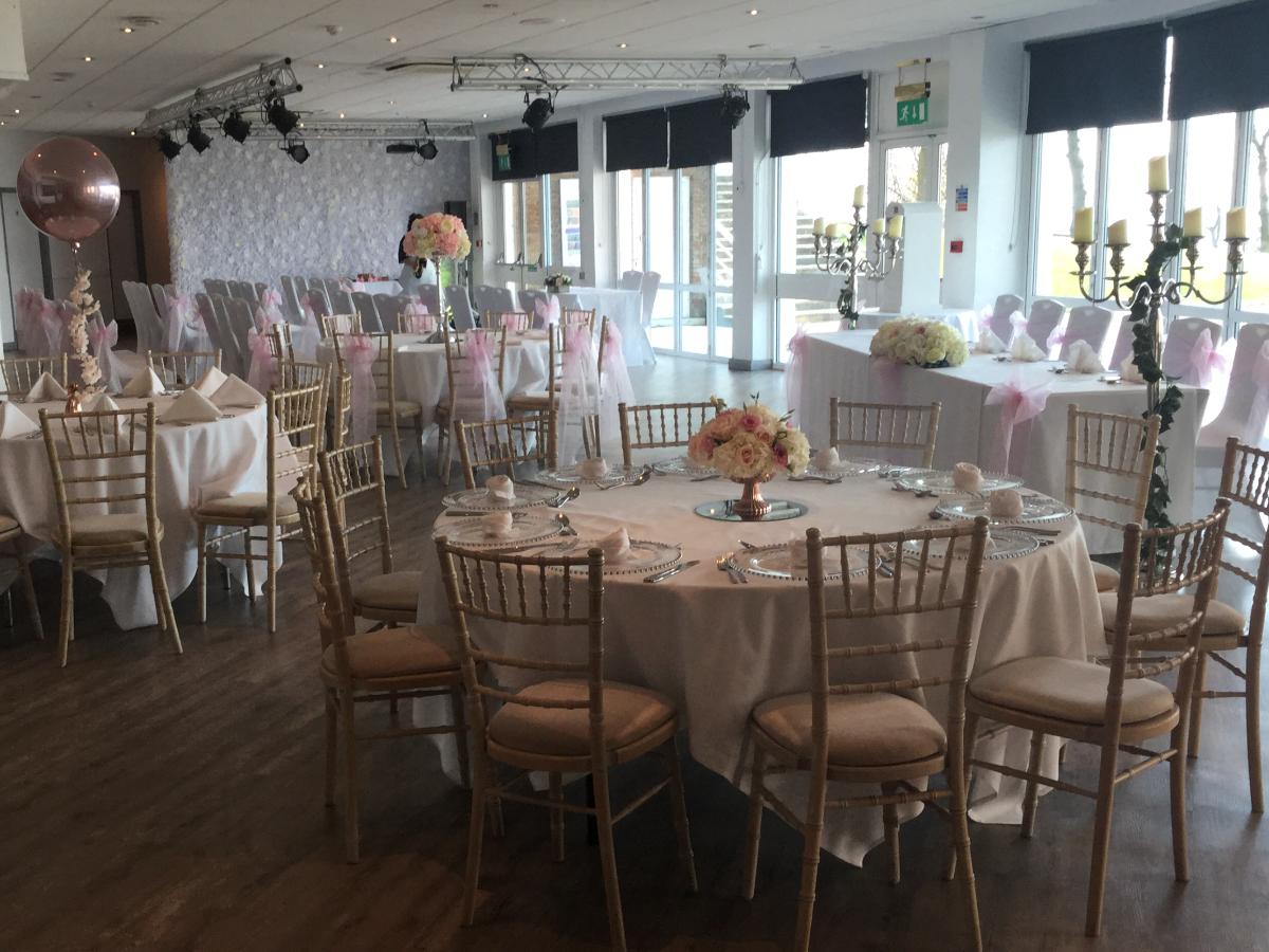 Wedding dj for Southend Cliffs Pavilion