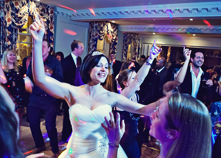 The red Lion in Henley on Thames - wedding disco