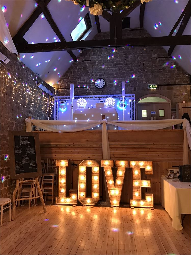 RUSTIC LOVE LETTER HIRE The Barns at Hun