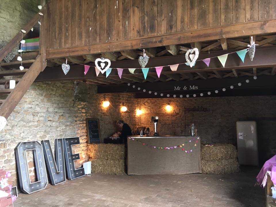 Banbury Wedding venue Laurel Farm