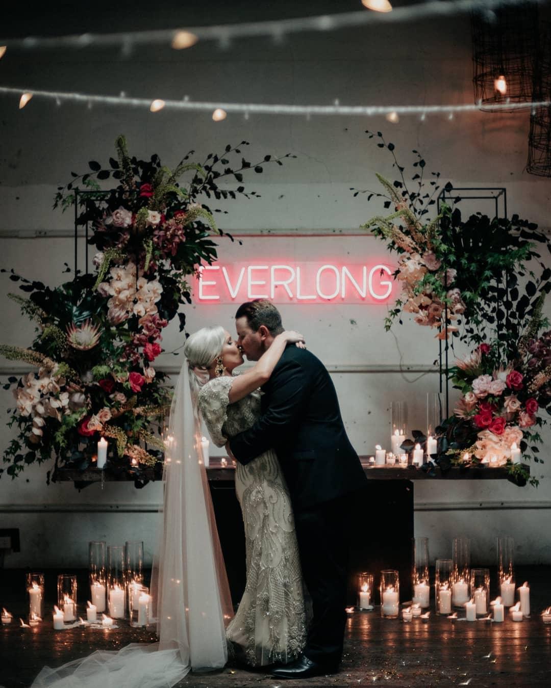 EVERLONG Wedding Led Light Hire Foo Figh