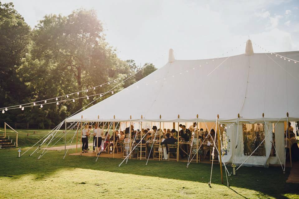 Busbridge Lakes wedding dj