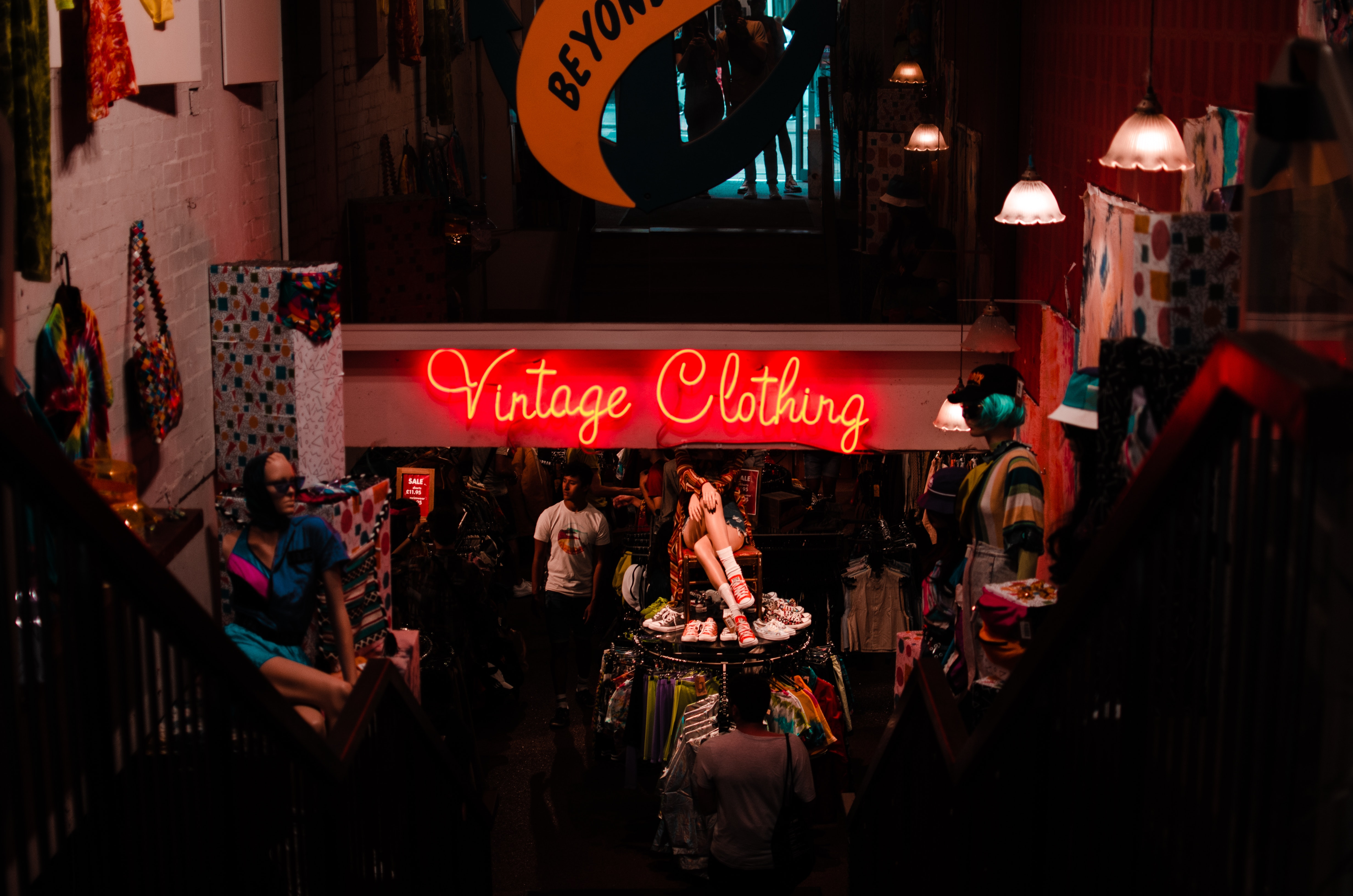 Vintage clothing neon led signs