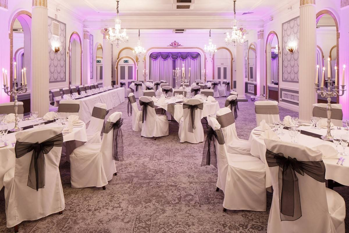 Mercure Brighton wedding uplighting