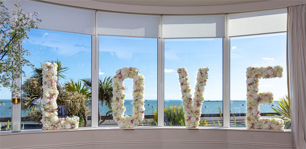 The Roslin Beach Hotel Wedding Day