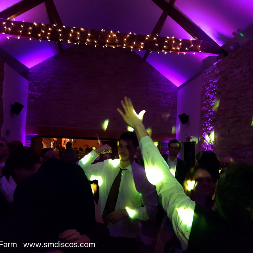 Buckinghamshire wedding DJs