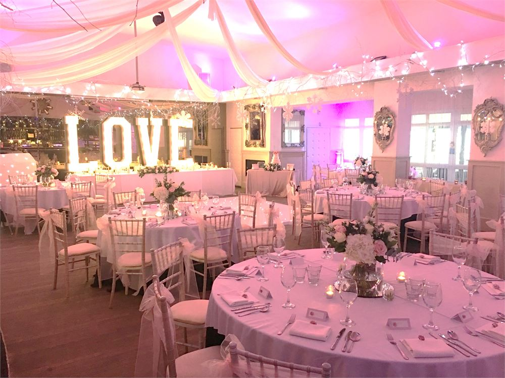 Essex Love Letter Hire The Kings Oak Hot