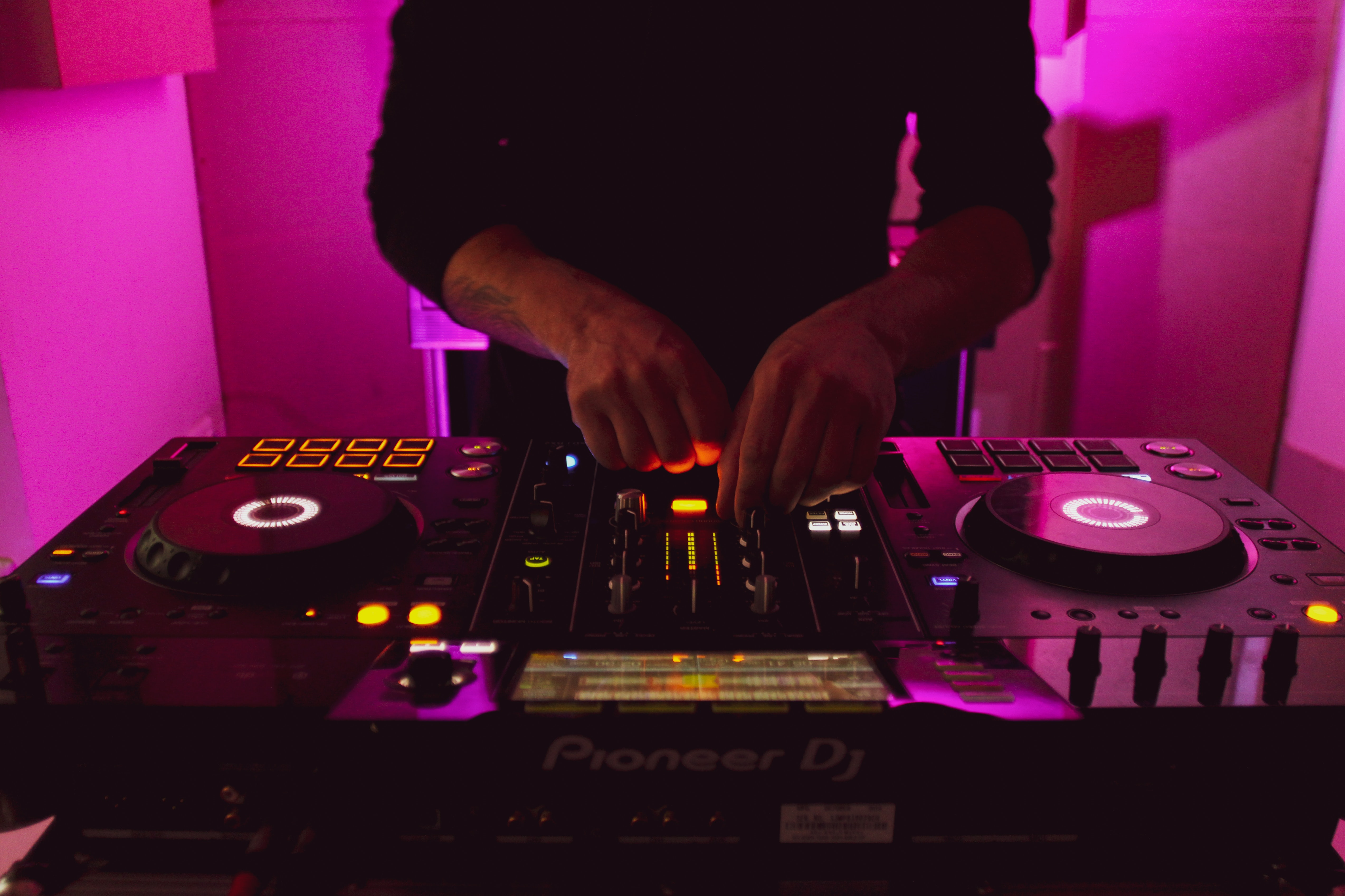 berkshire party dj