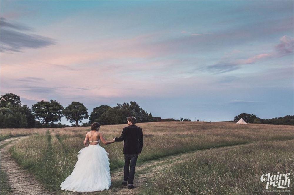 Surrey wedding dj High Billinghurst Farm