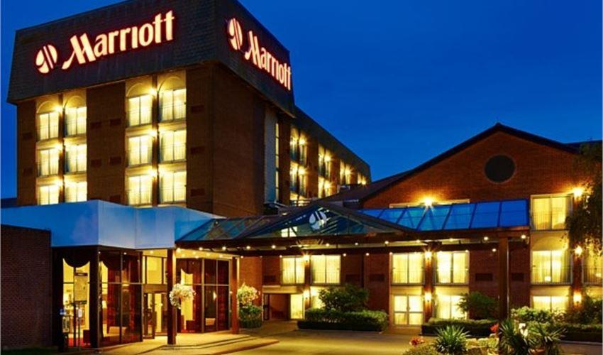 Heathrow Windsor Marriott Hotel WEDDING.