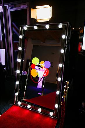 Magic Mirror High Wycombe