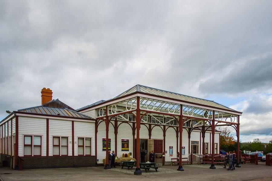 Buckinghamshire Railway Centre wedding photo