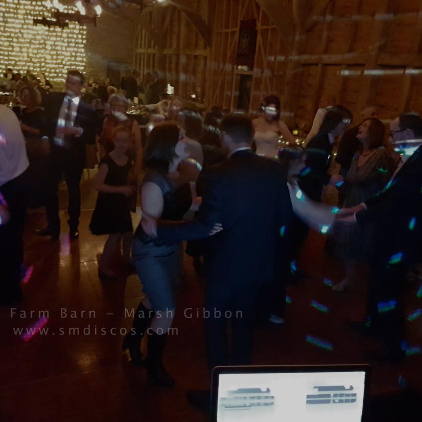 Oxfordshire wedding Disco DJ