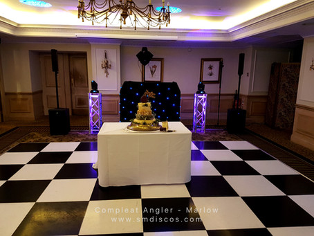 Jon & Catherines Wedding Disco at Macdonald Compleat Angler in Marlow