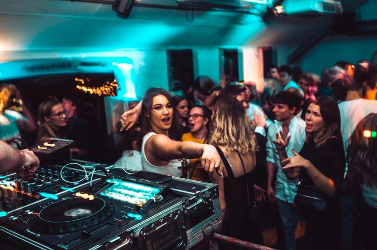 Aylesbury DJ