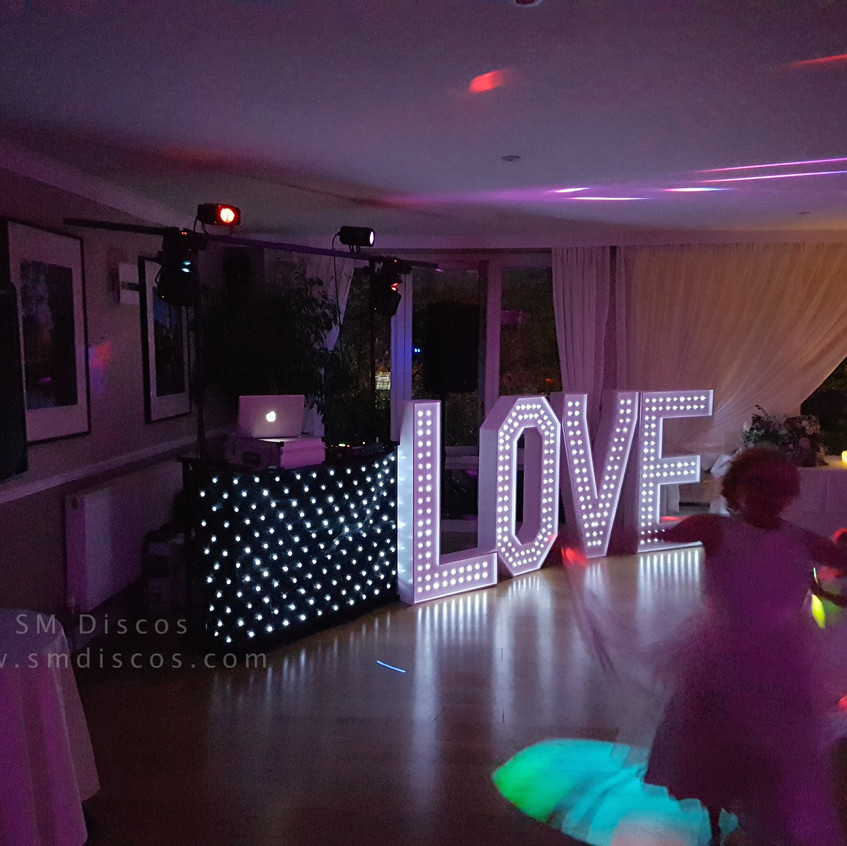 Westwood Hotel Oxford Wedding DJs