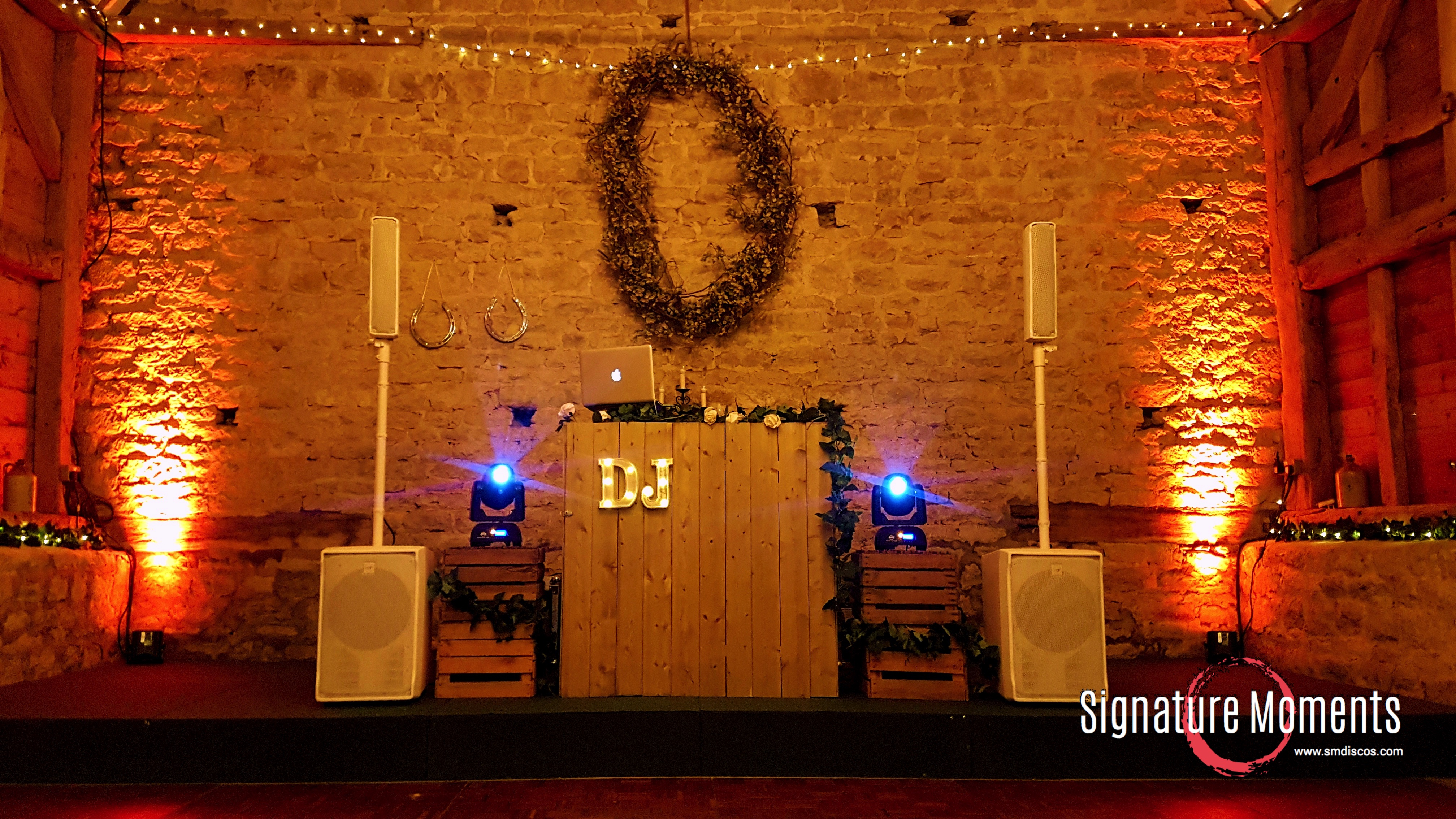 Oxford Barn Rustic DJ Disco