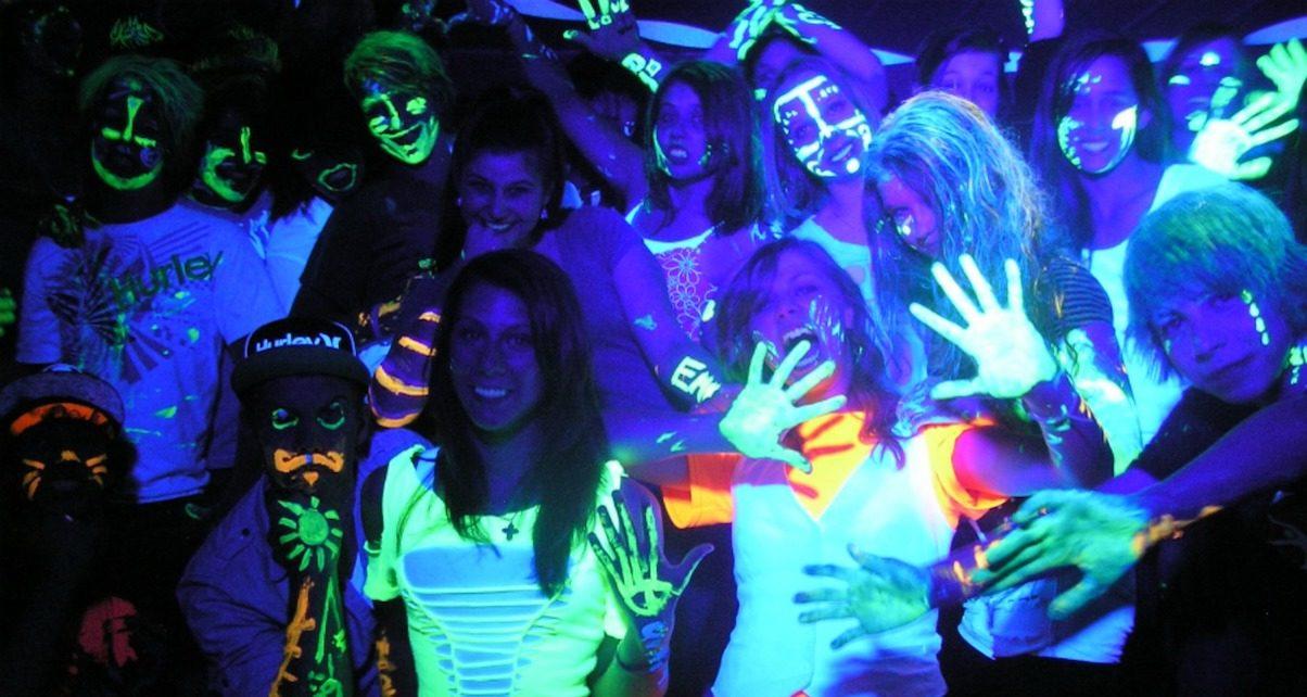 UV Glow party Bucks
