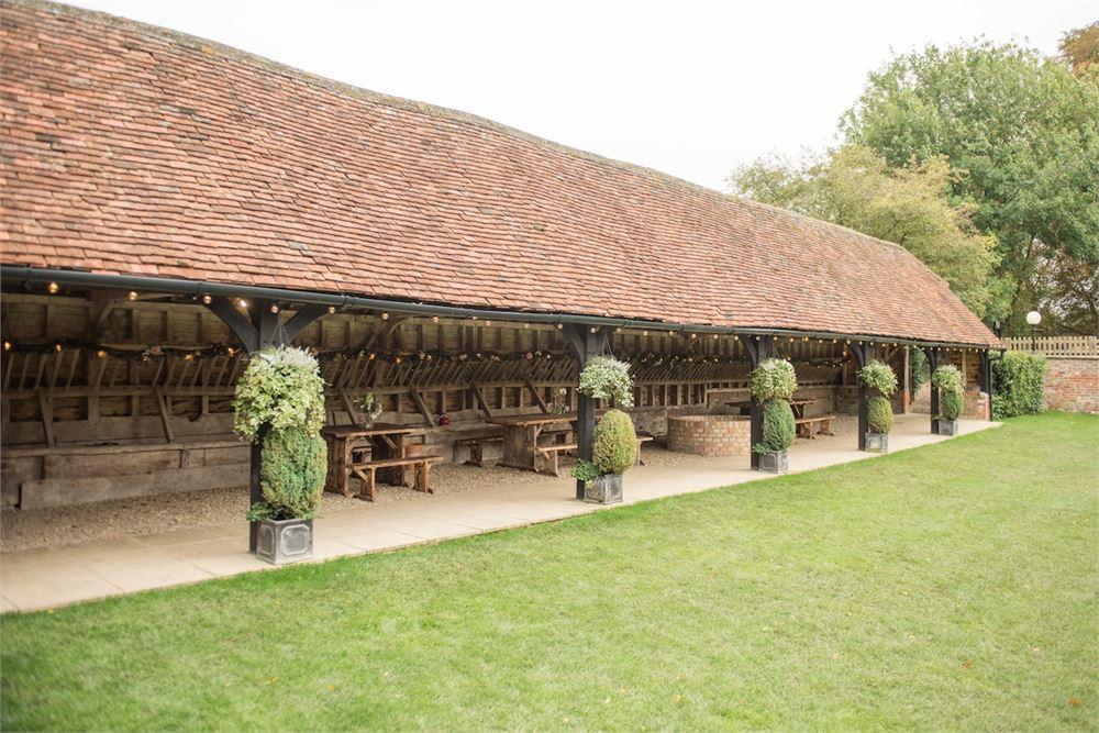 Oxford DJ Lains Barn