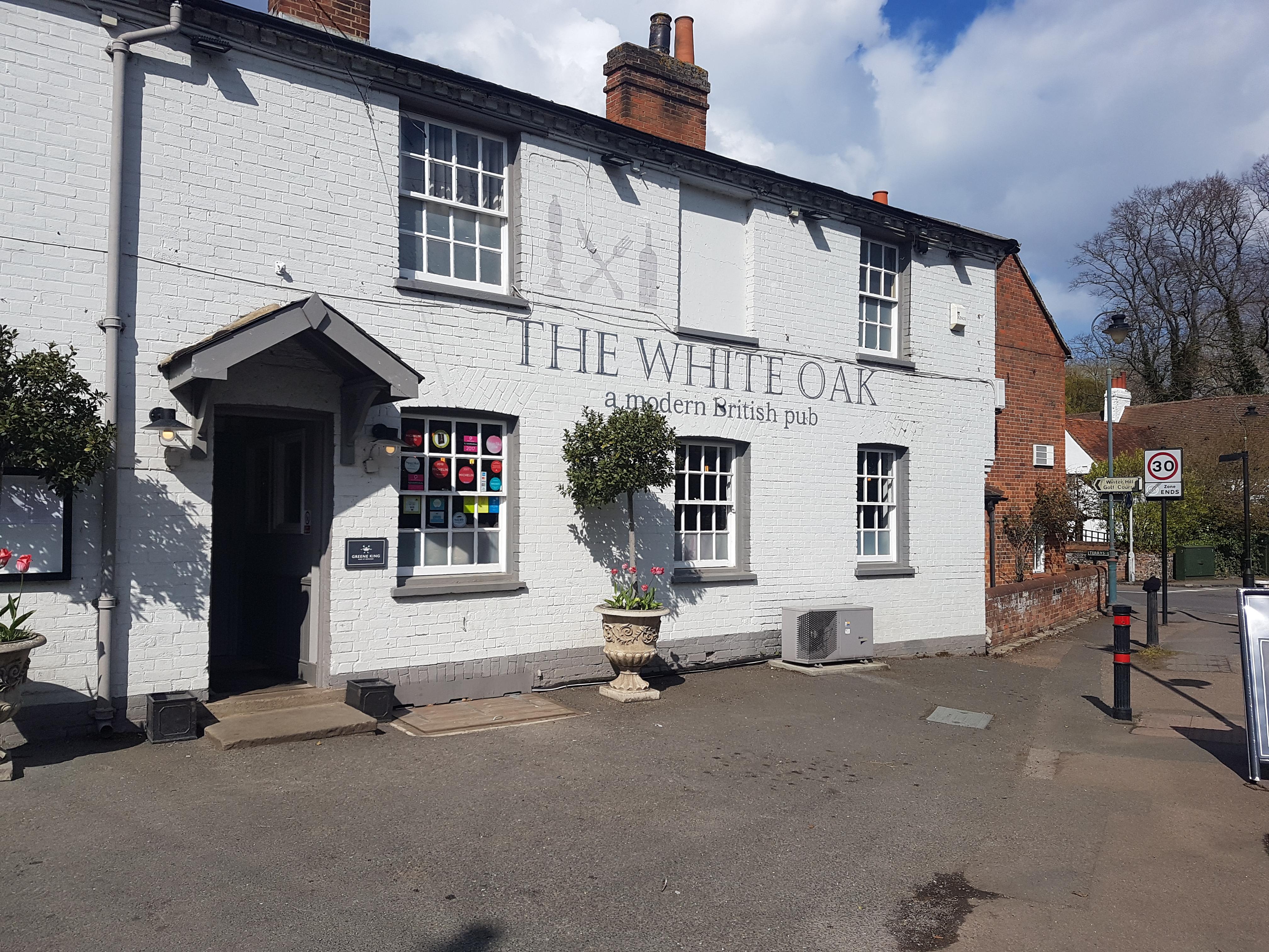 The White Oak Cookham DJ