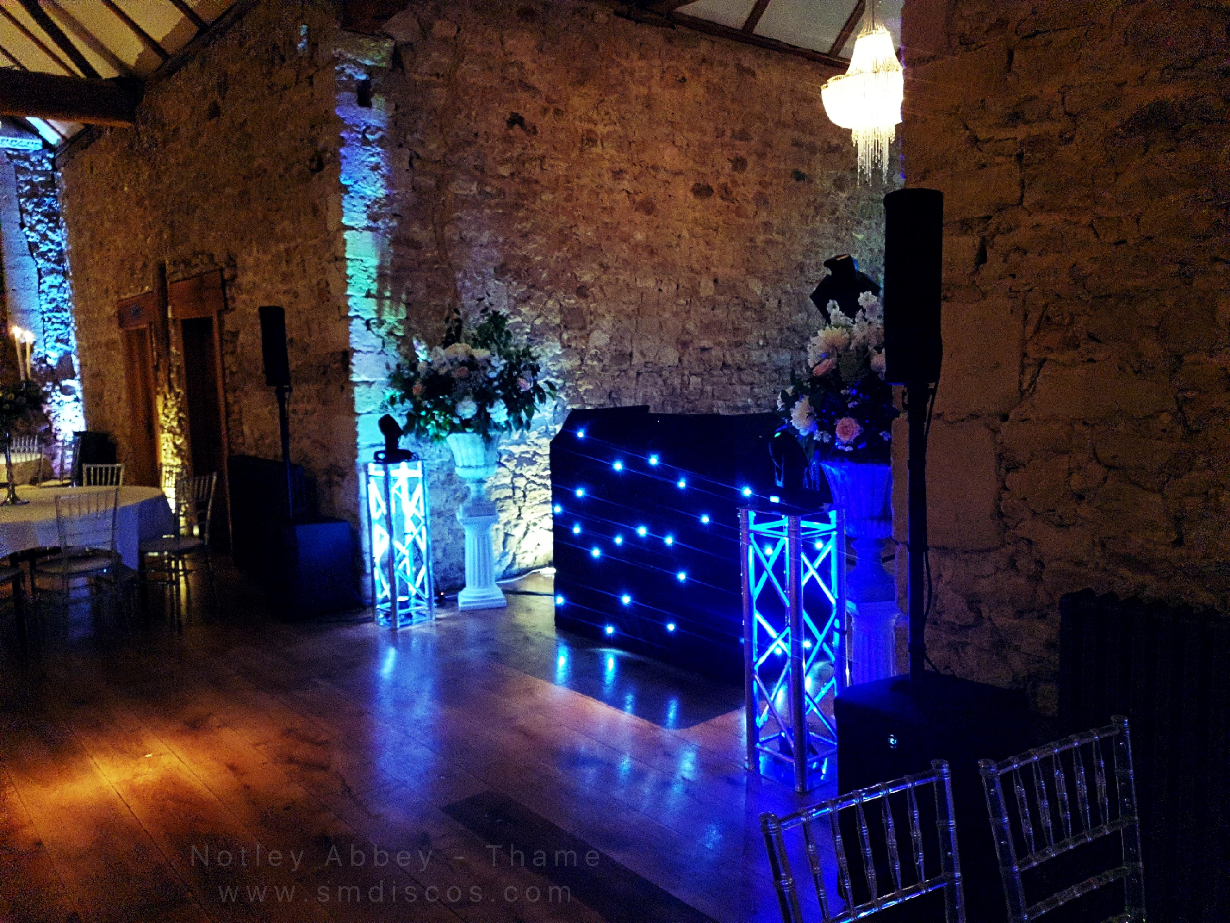 Notley Abbey in Thame Wedding DJ