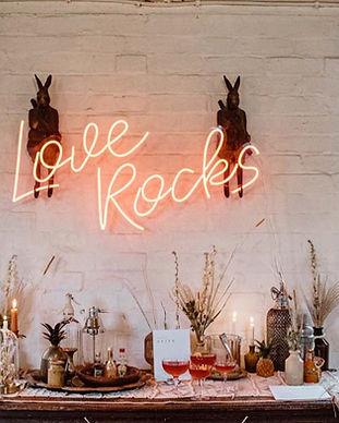 love rocks red neon