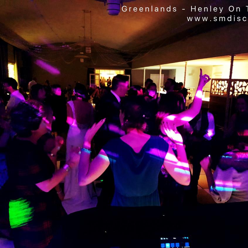 Oxfordshire wedding DJ