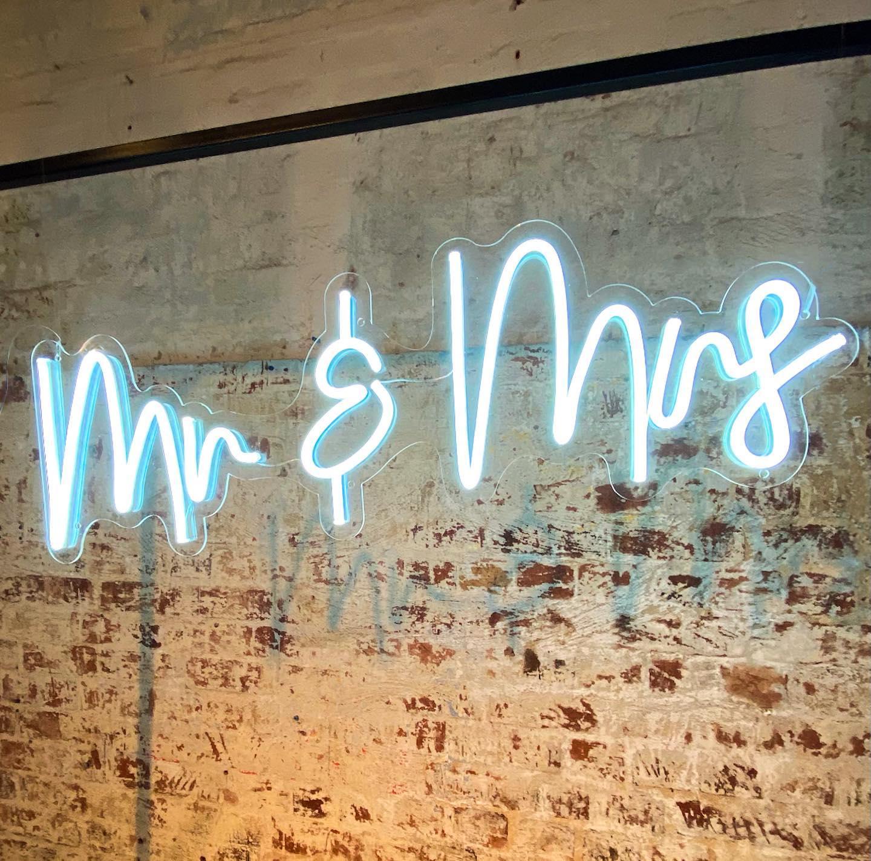 Mr & Mrs Neon Wedding Sign