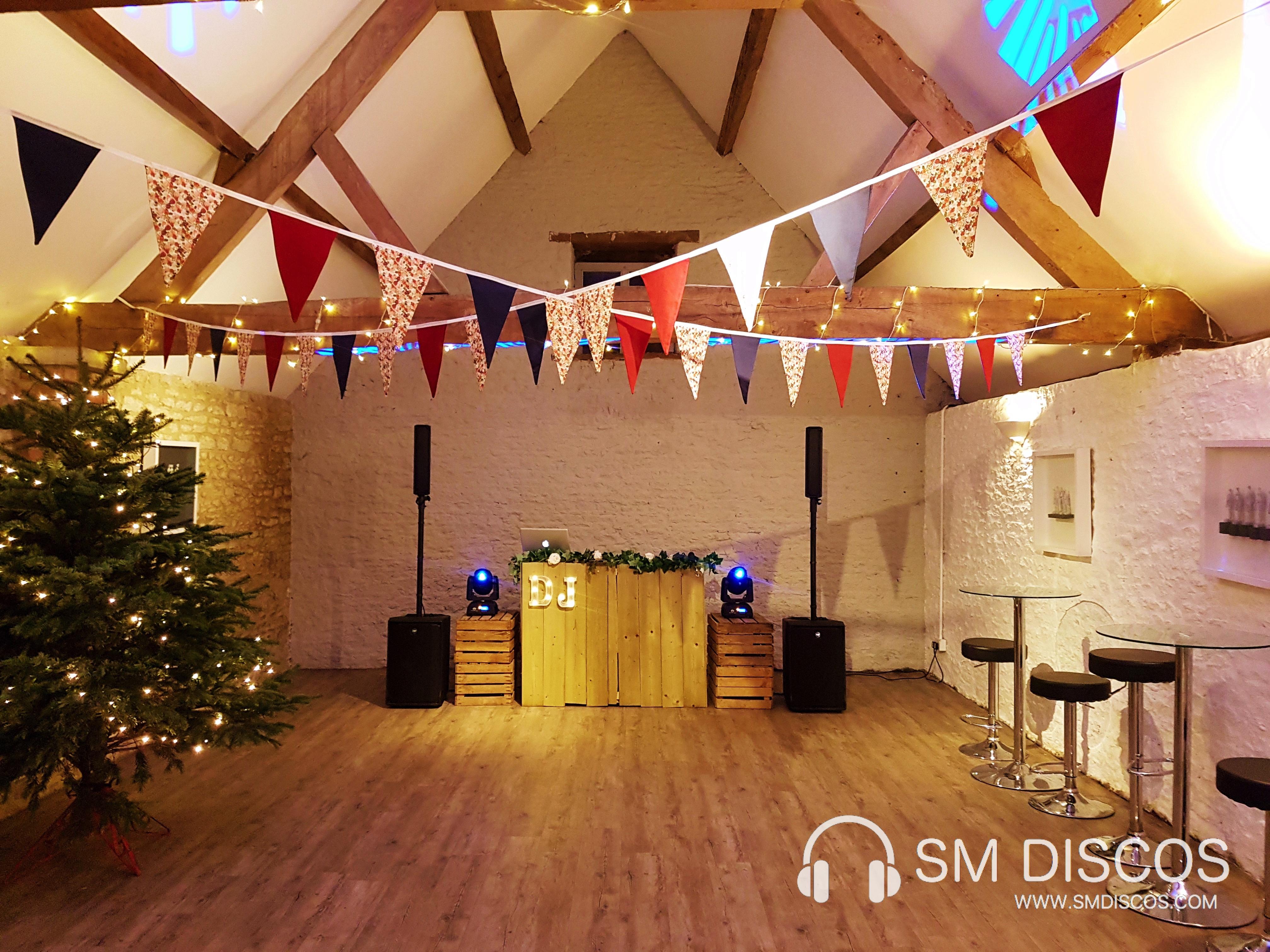 Oxford wedding DJ Stratton Court Barn