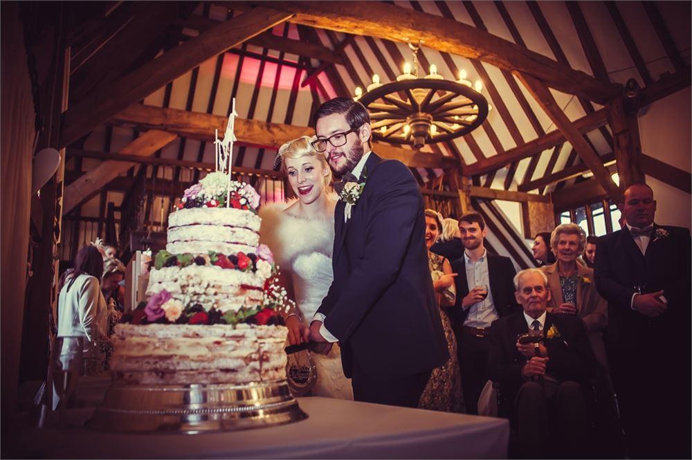 Cutting the wedding cake at Blackstock C