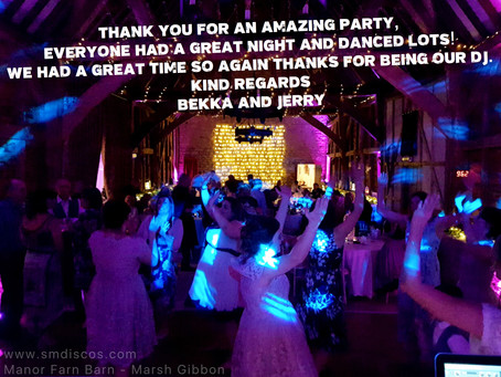 Wedding DJ at Manor Farm Barn in Oxfordshire / Bekka & Jerry