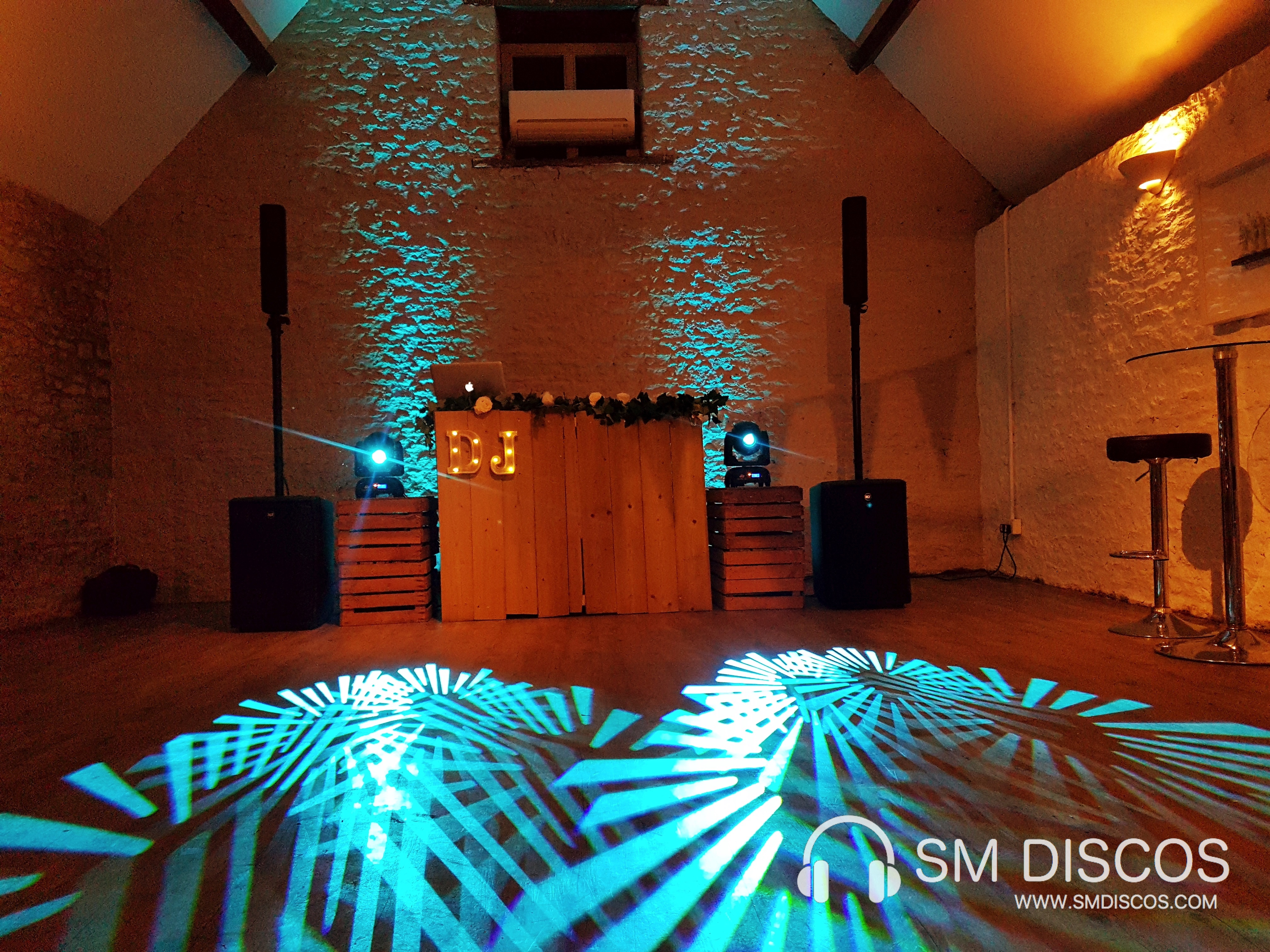 Rustic Wedding DJ Disco