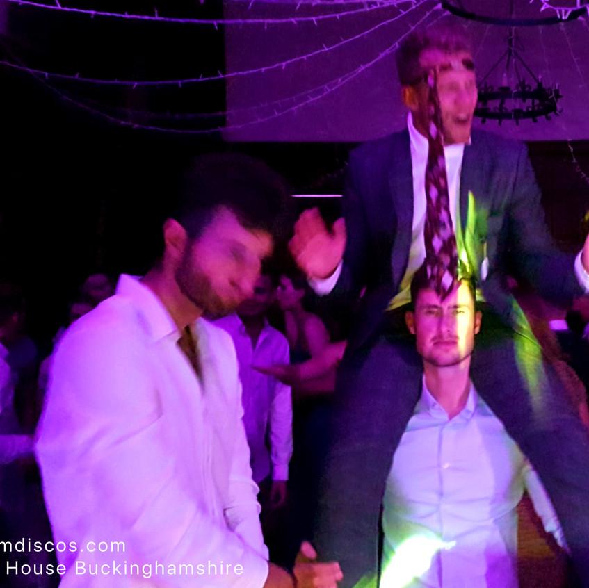 The best wedding DJ in Bucks
