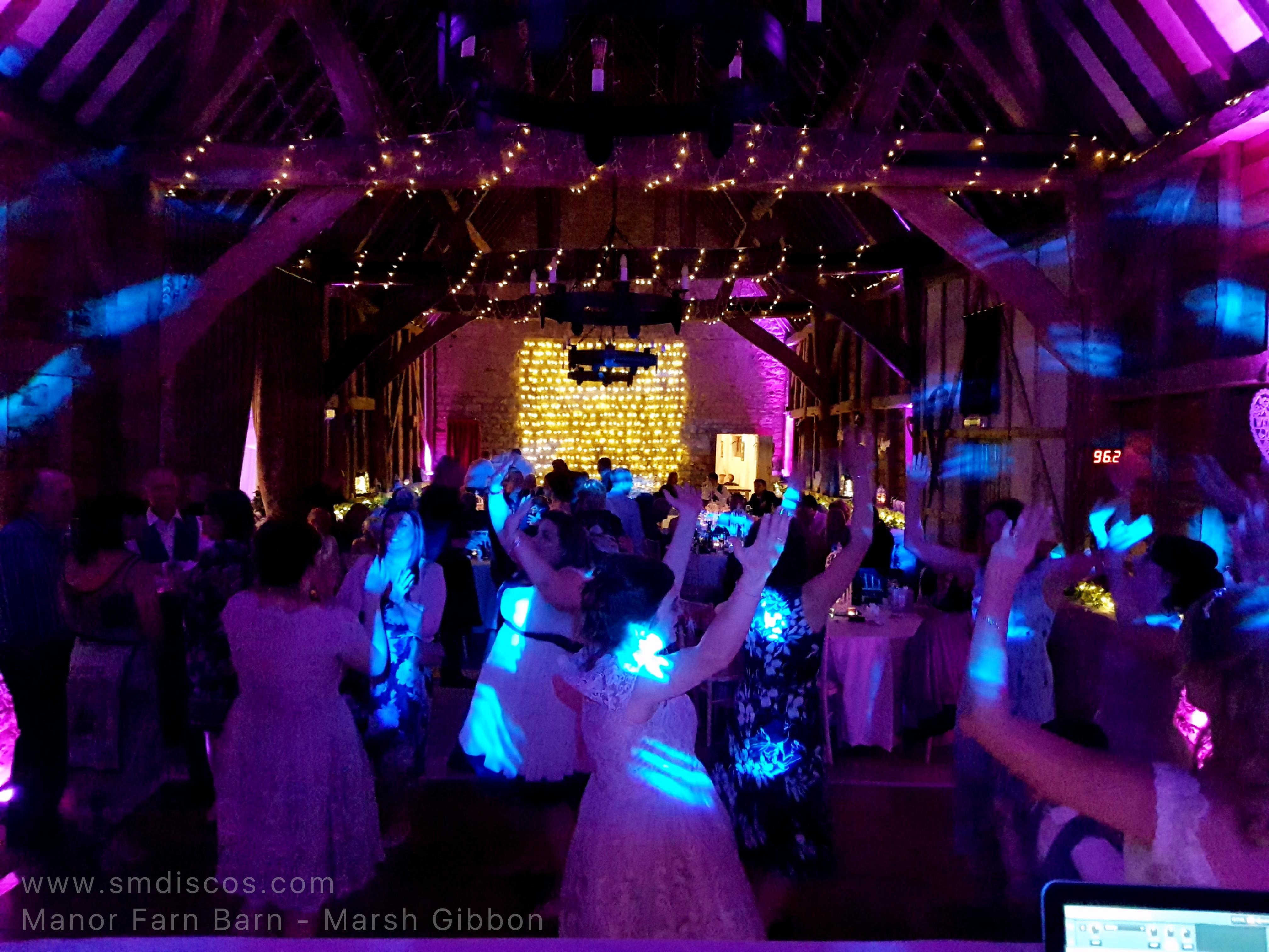 Barn wedding venue in Oxfordshire
