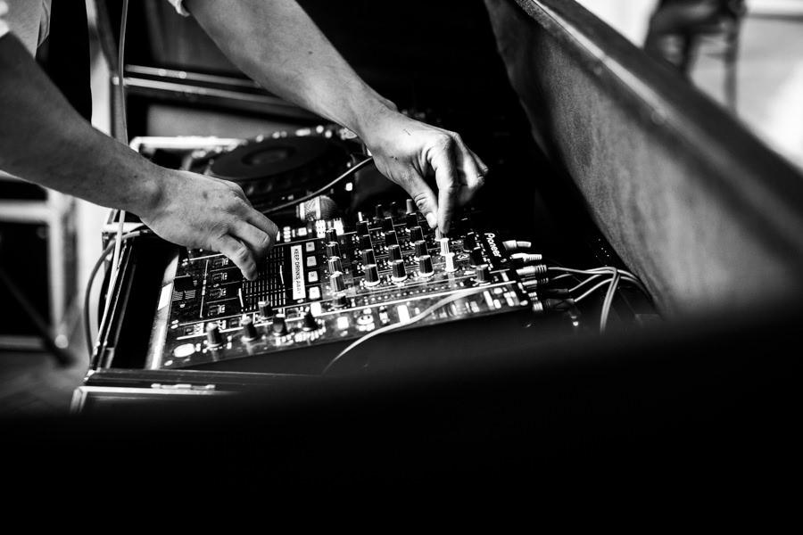 DJs for Farnham Castle