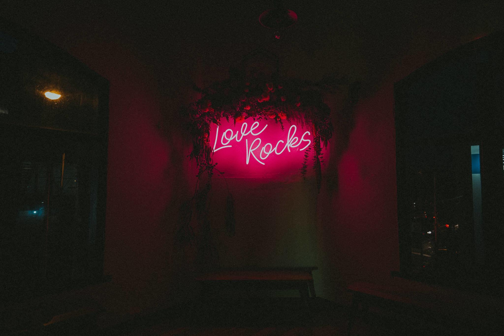 love rocks neon led wedding sign