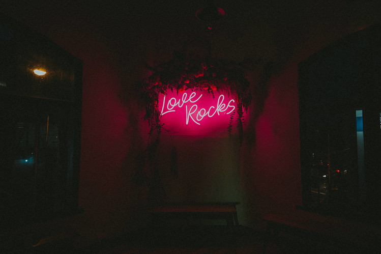 love rocks neon led wedding sign.jpg