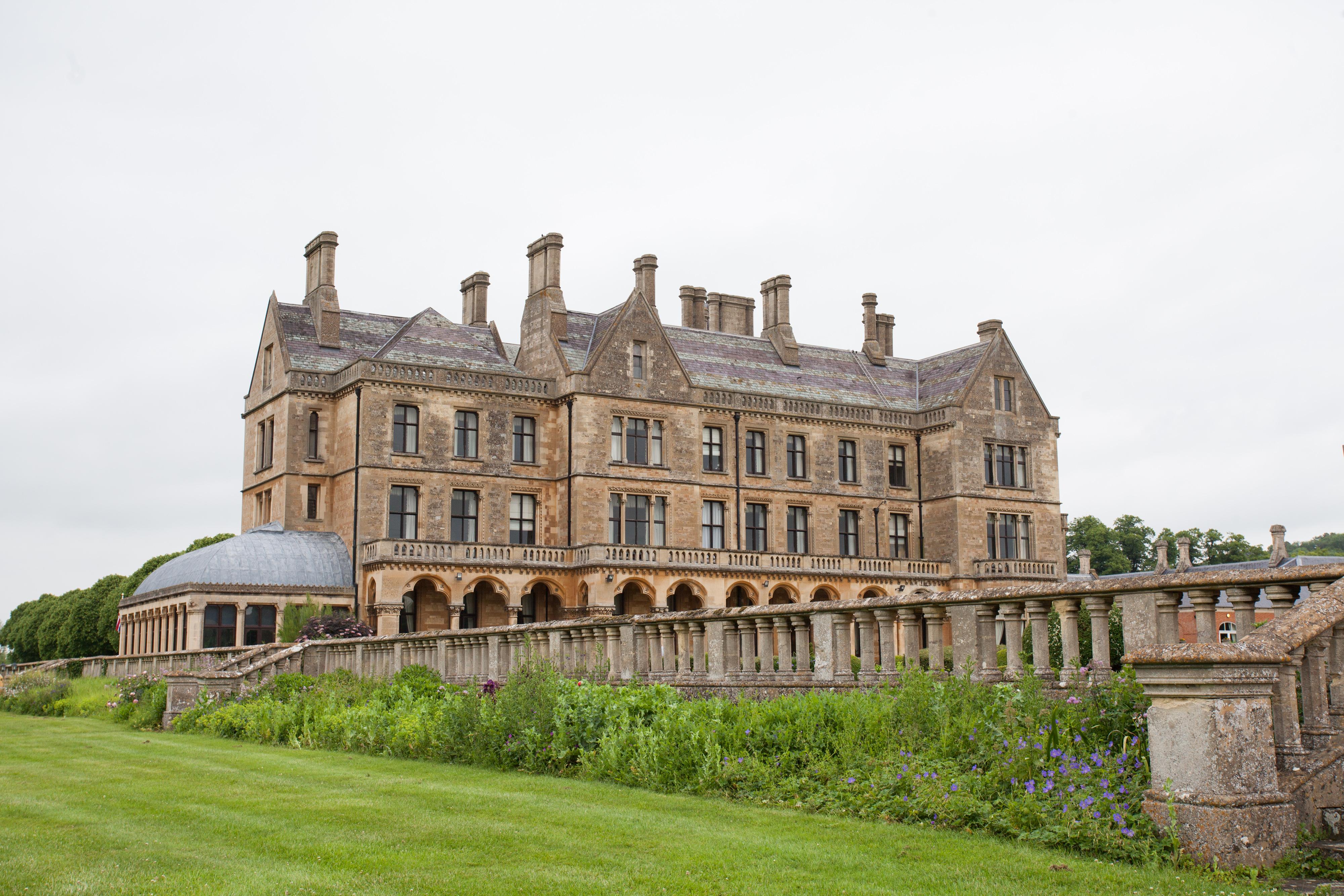 Mercure Warwickshire Walton Hall Hotel