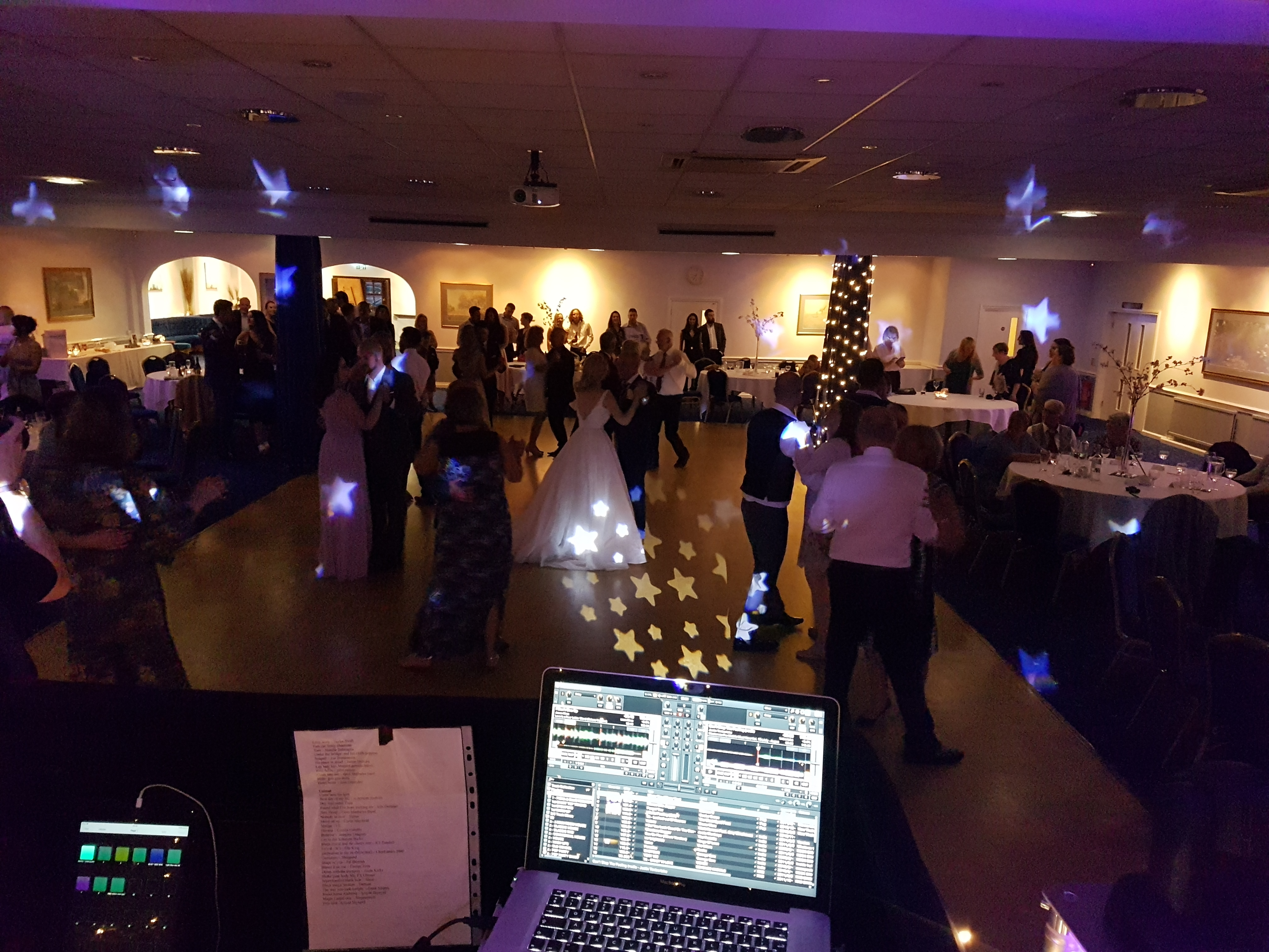 WOKINGHAM WEDDING DJ