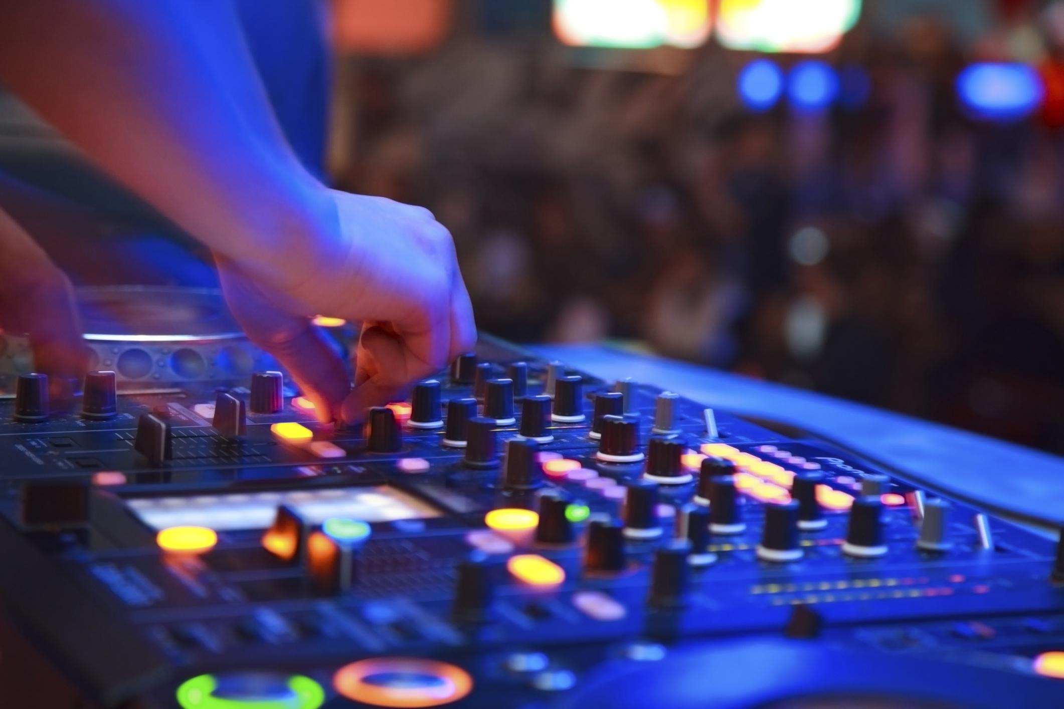 Sussex wedding DJs