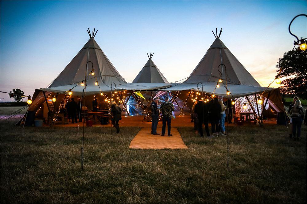 Kingstanding Farm Wedding Disco