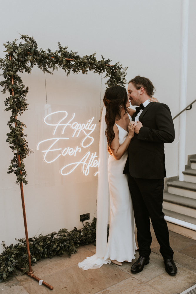 happily ever after neon sign hire 1