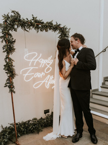 happily ever after neon sign hire 1.jpg