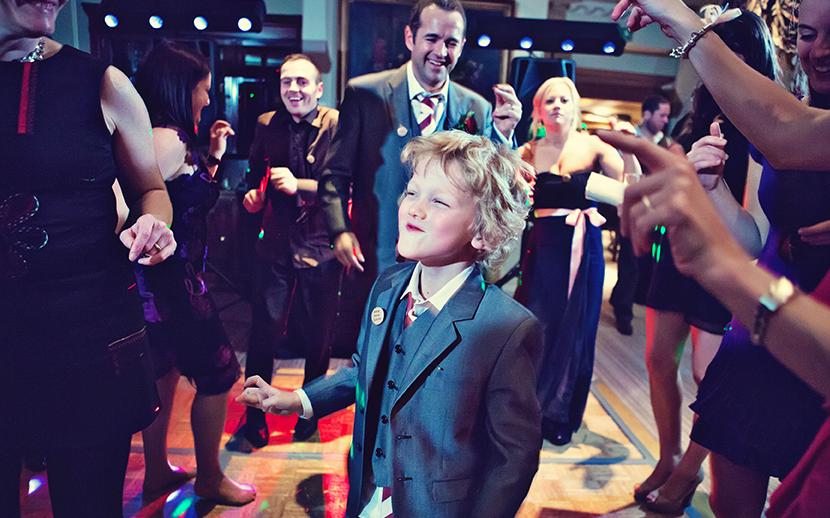 The Red Lion Hotel Henley Wedding DJ - Paul & Liannes Wedding Reception