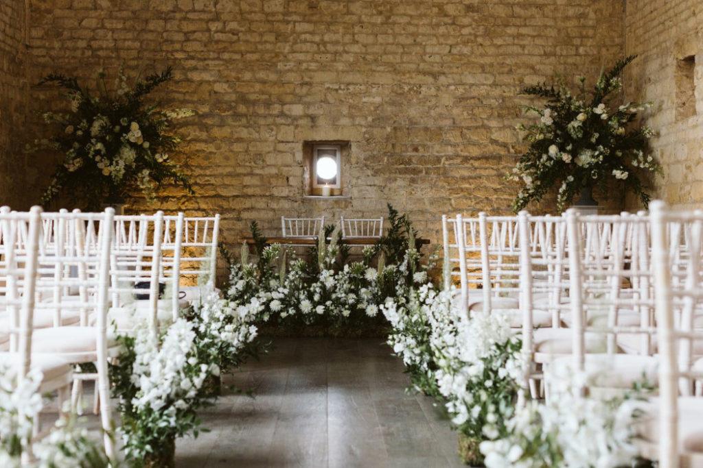 Wedding Styling Lapstone Barn