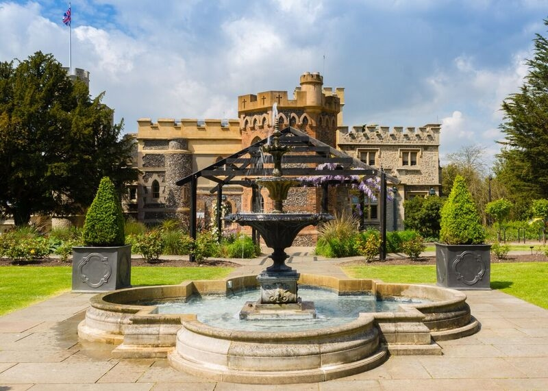 Whitstable Castle Wedding dj