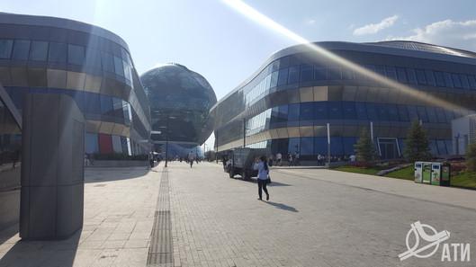 Вид с южной входной группы на EXPO 2017