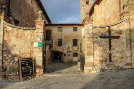 Monteriggioni-048-800x600.jpg