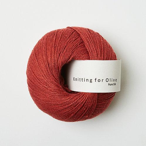 Pure Silk - Stikkelsbærrød / Gooseberry Red